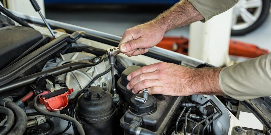 ¿Sabes cuándo cambiar los componentes de tu vehículo?