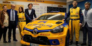 El flamante Renault Clio N5 del Recalvi Team, listo para disputar el Campeonato Gallego de Rallys