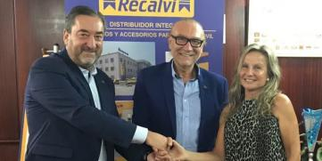 Grupo Recalvi, patrocinador del club femenino de baloncesto Celta Bosco