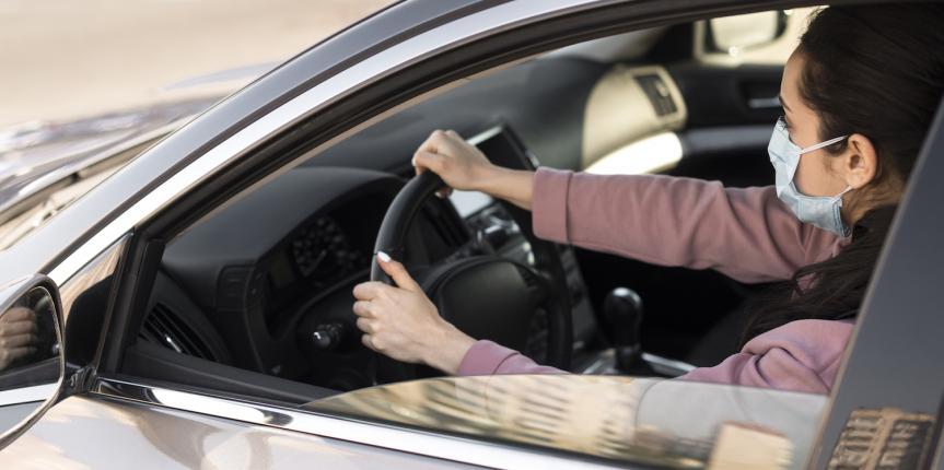 Ni peligro al volante ni mujer tenía que ser: así conducen ellas
